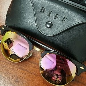 Brand new DIFF sunglasses pink Barry